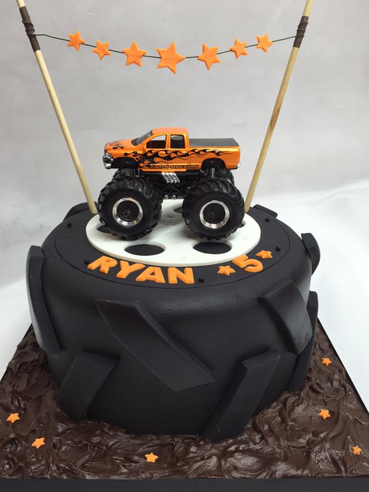 Monster Truck cake by Leonie Rollinson
