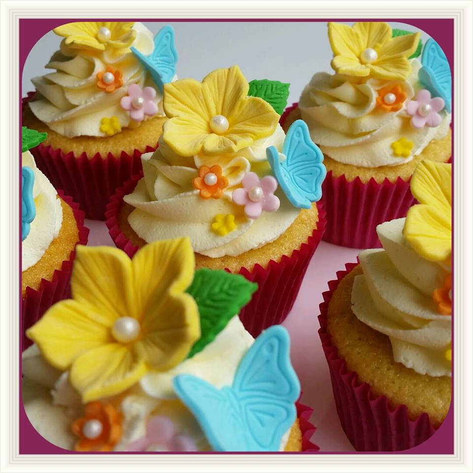 Easter cupcakes by Maree Kahlenberg - Buttercup Cakery