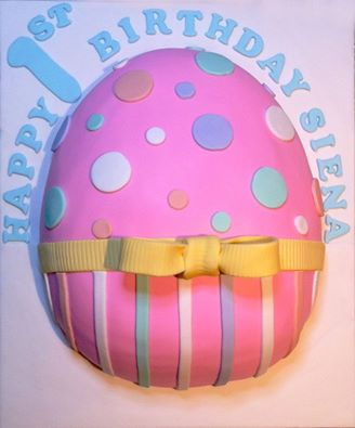 Easter egg shaped sheet cake by Suzie Angrakian - Art you can Eat