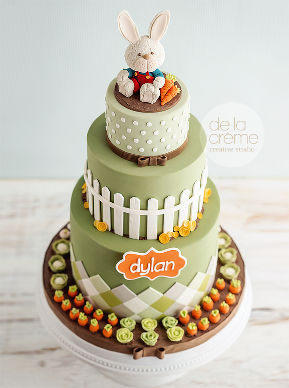 Bunny in vegetable garden cake by de la creme creative studio