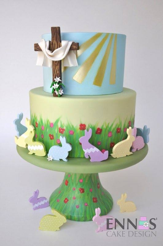 Holy Cross Easter egg by  Irina Bello Salazar - Ennas'Cake Design