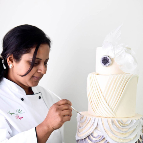 Cake Decorators Spotlight - Priya Maclure, Sugarpot