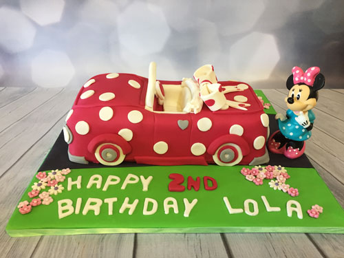 Minnie Mouse  car cake by Cheryl Brouwers