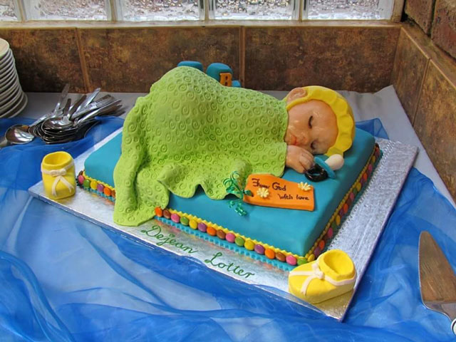 Baby shower cake by Myrtle van den Berg