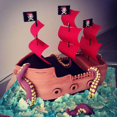 Pirate ship cake by Swee Choo Chan