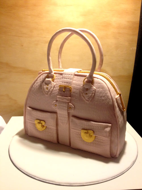 Fondant handbag cake by Wendy Tipper