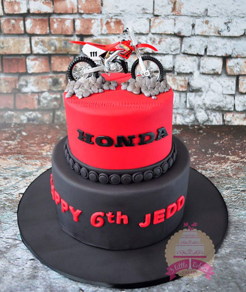 Honda Motorcross cake by Little Robins Cakery
