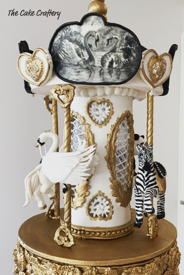 Carousel Circus Cake details by Tracey van Lent